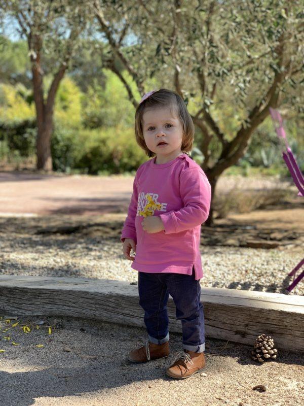 Sweat Aimer Sourire Rêver bébé rose bonbon porté vu complète